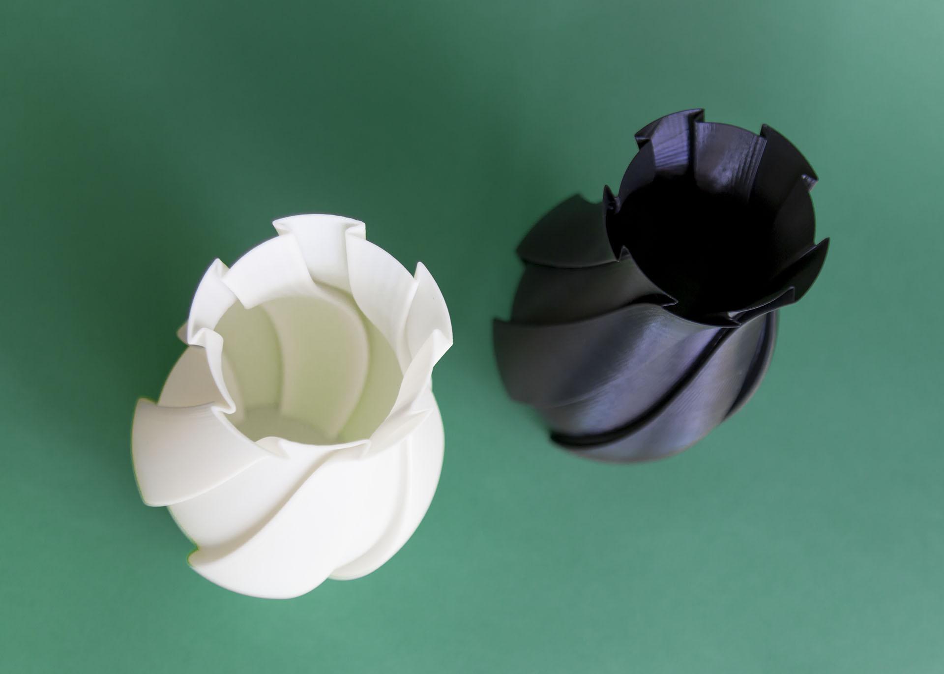 Vasame, vaso stampato 3D in bianco e nero