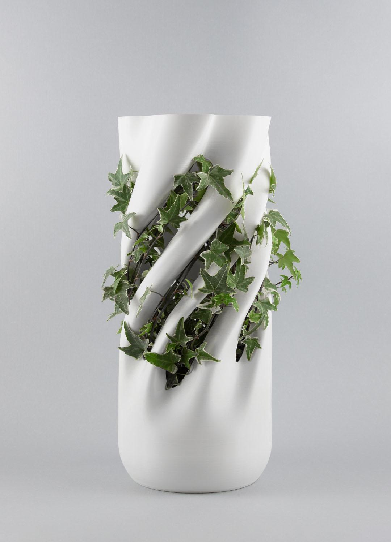 Abbracciame con pianta, vaso stampato 3D, by Adriano Alfaro e David Bitton